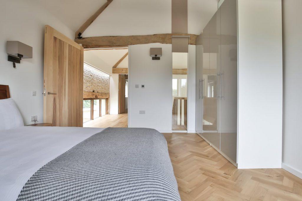 natural oak herringbone floors