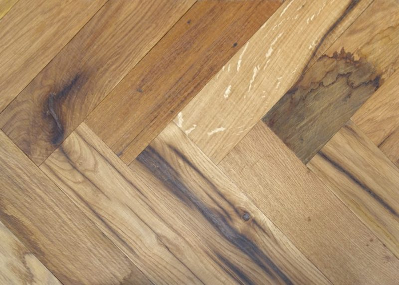 V4 reclaimed wood floor grange gable