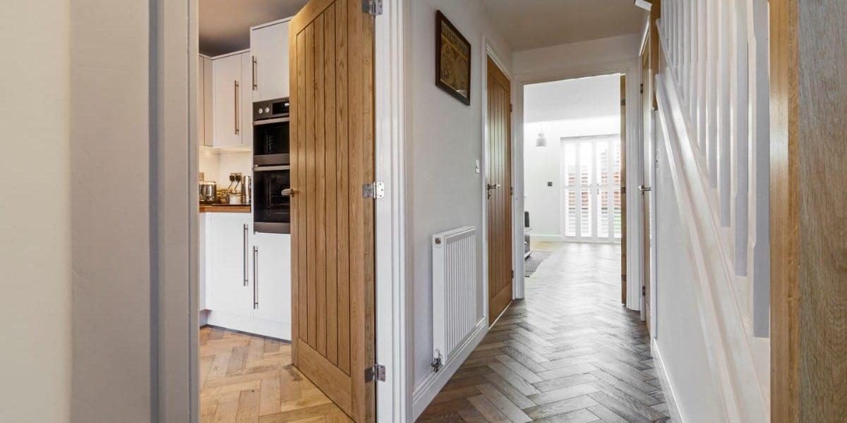zigzag frozen umber oak floors in manchester home 4