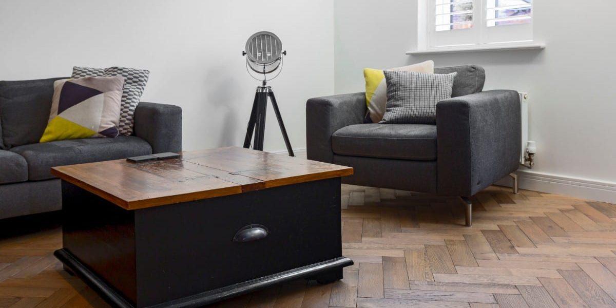 zigzag frozen umber oak floors in manchester home 9