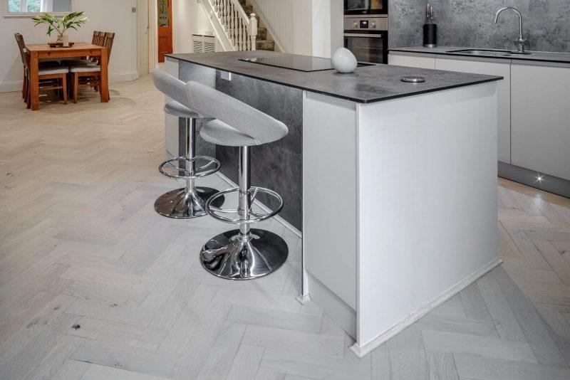 zigzag white island sand wood floors in cornwall 5