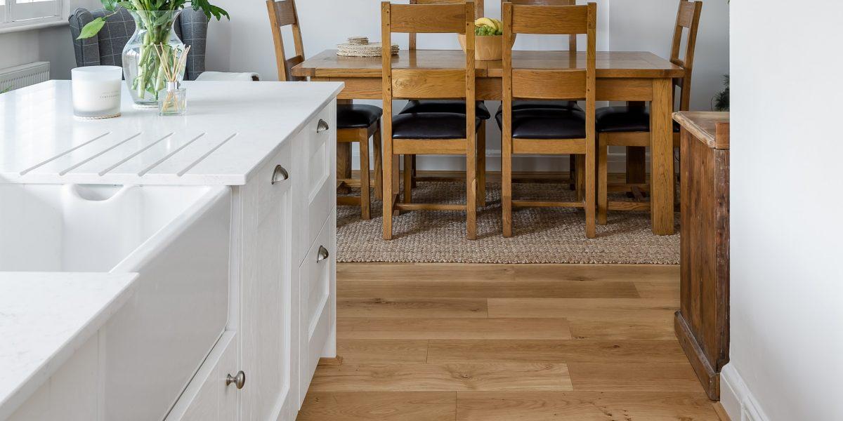 vittorian wood floors in a kitchen